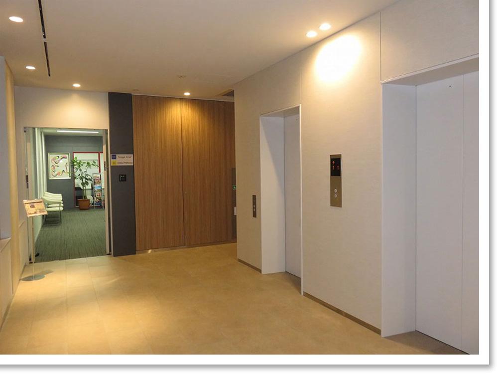 ステージライン銀座校5F エレベーター前